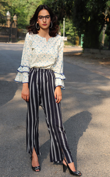 HIMAD WOMEN BLUE & WHITE INTERPLAY PANTS