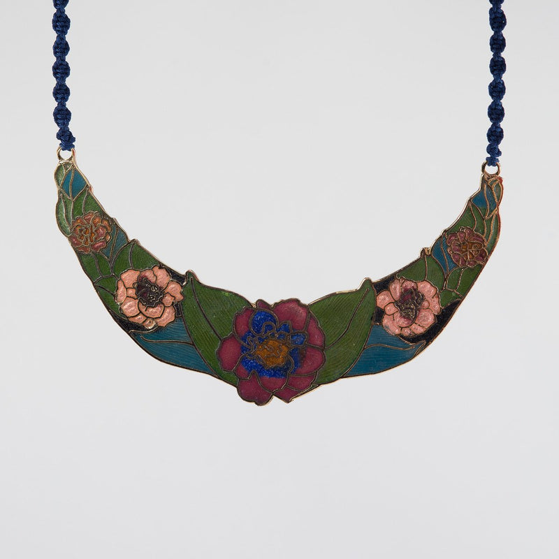 Rosebud Necklace