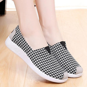 Houndstooth  Flat  Round Toe  Casual Sneakers