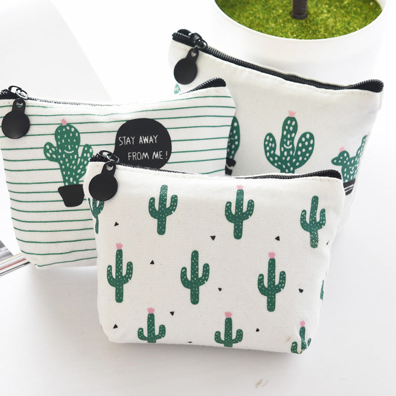 Small Cactus Make-Up/Toiletry Bag - The Traveler's Essentials