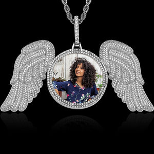 Angel wings medallion silver