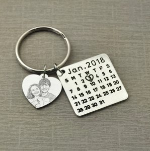 Personalized Calendar Keychain- Mother's Day Gift With a Special Date