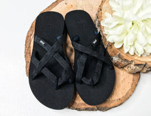 Load image into Gallery viewer, Teva Women's Olowahu Shoes