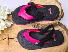 Load image into Gallery viewer, Sanuk Girl's Yoga Mat Shoes