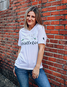 ANC Meet Me Under the Mistletoe Short Sleeve Tee