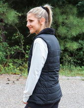 Load image into Gallery viewer, The North Face Women's Mossbud Insulated Reversible Vest