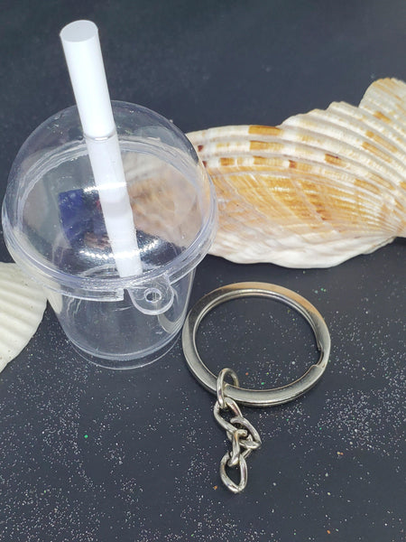 Keychain cup with straw