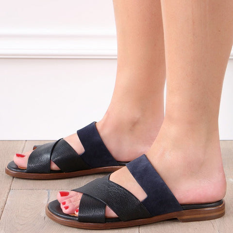 Comfortable Flat Bottom Open-Toe Large Size Sandals