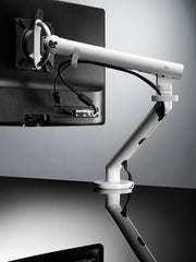 Flo monitor arm with split clamp