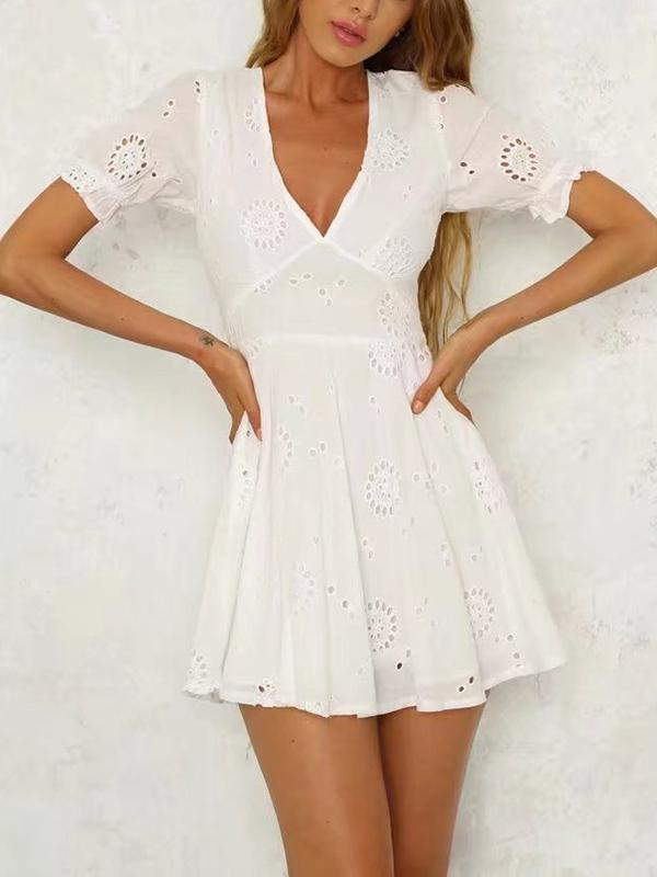 Bohemia Hollow V-neck Mini Dresses