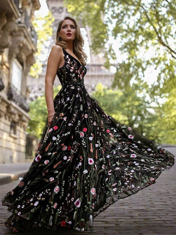 98cf62faabe Embroidered V-neck Bohemia Maxi Dresses
