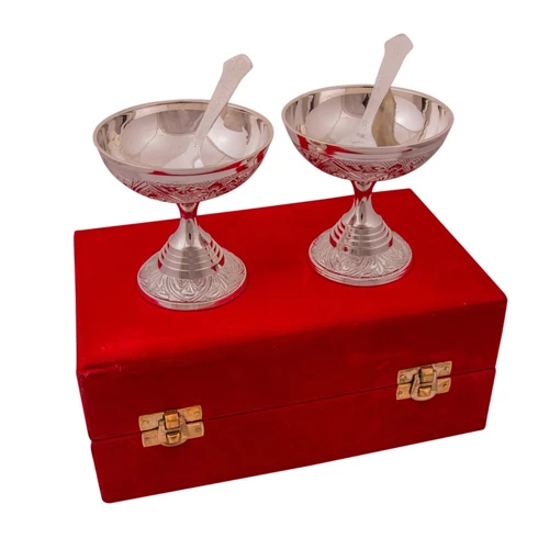 "Silver Plated Brass Ice Cream Bowl Set 4 Pcs.( Bowl 3.5"" x 3.5"" Diameter)"