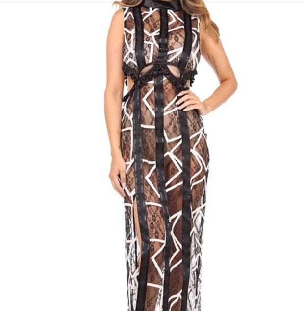 Spectra Lace Maxi Dress