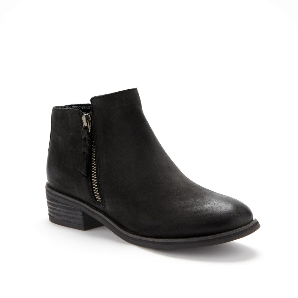 Liam Bootie in Black by Blondo