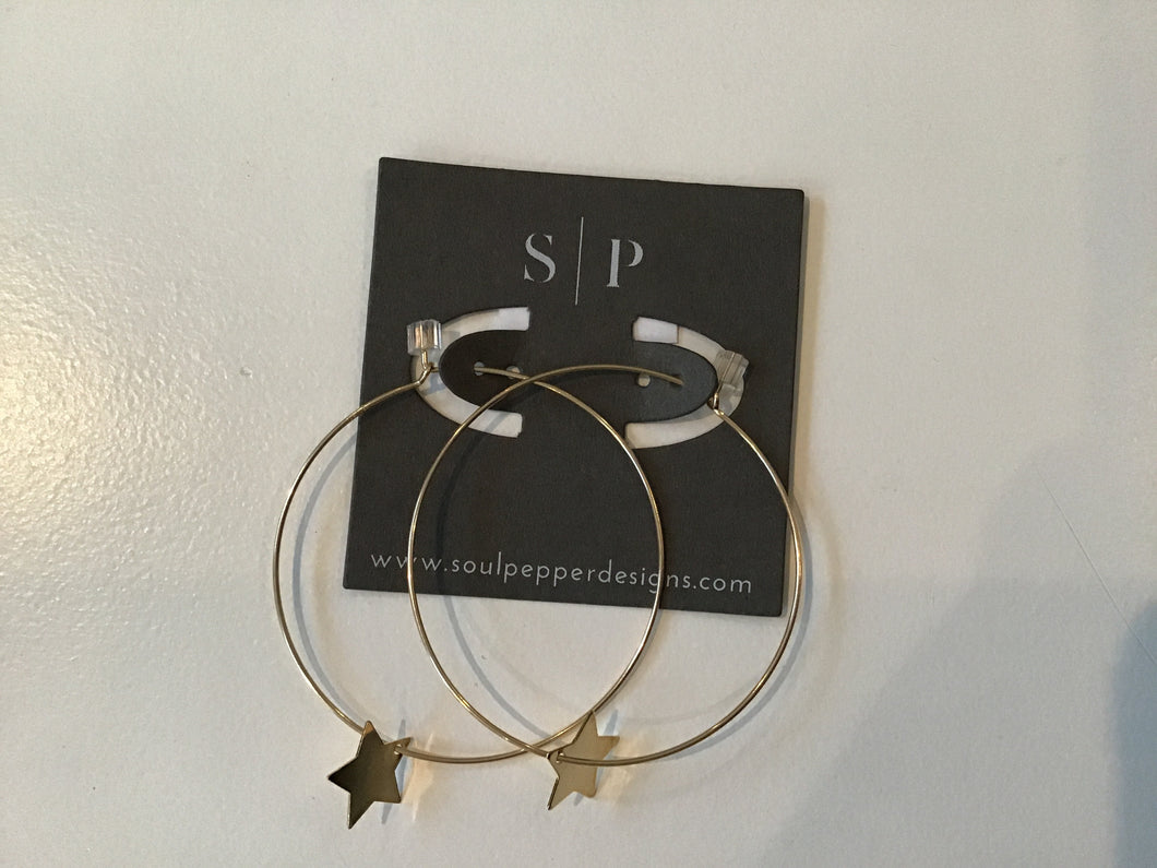 Large star earrings by Soulpepper E075
