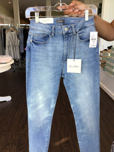 Farrow Cropped High Rise Skinny in Sorrento by DL1961