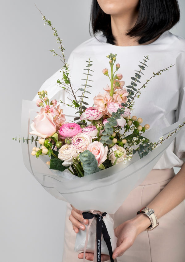 In celebration of international women's day, fresh flowers bouquet curated to send to those whom inspired you for greater success