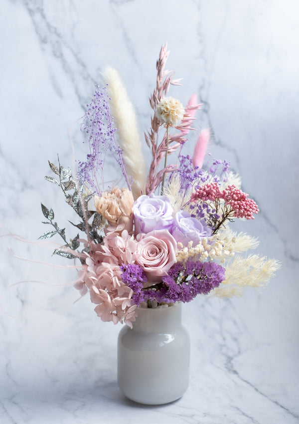 Ideal mothers day flowers in singapore by best florist for preserved flowers and comes with free delivery
