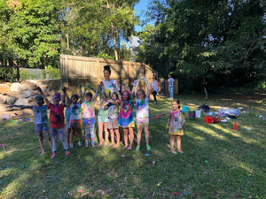 Kids birthday party colour war messy mayhem entertainment - Kids Events & Co.
