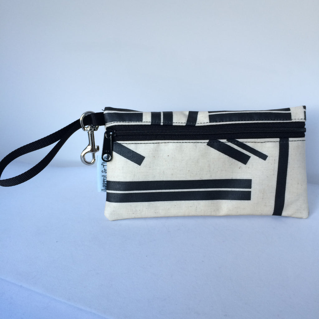 Large Wristlet in Black Lines