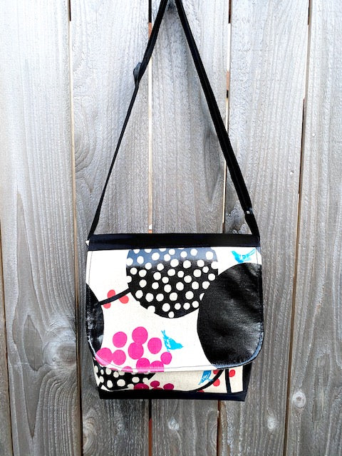 Tall Messenger Bag in Pink Berries