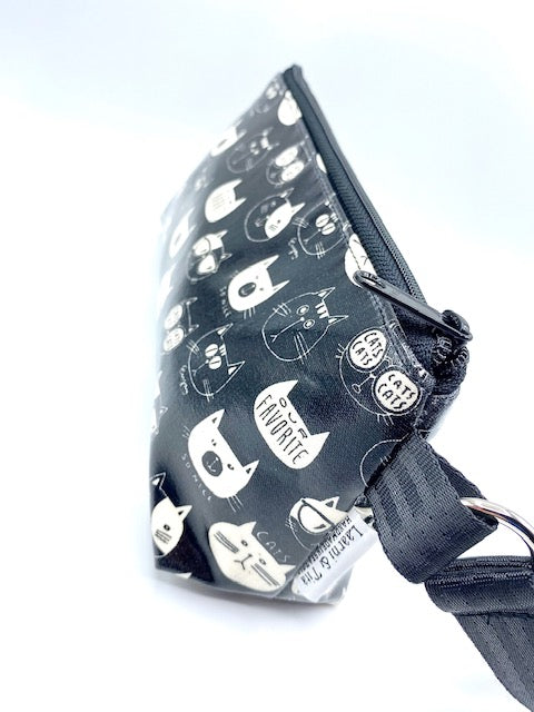 Makeup Bag in So Nice Cats in Black