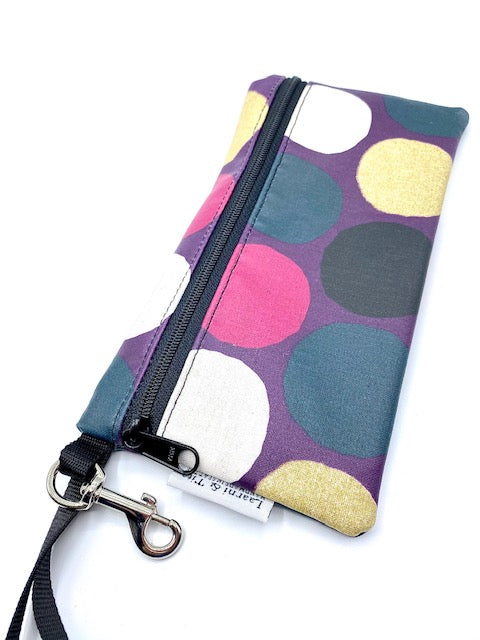 Large Wristlet in Purple Gold Dots