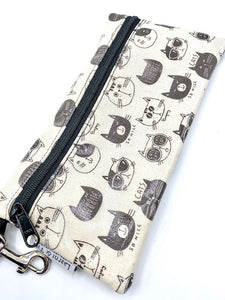 Large Wristlet in So Nice Cats in Cream