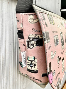 Short Messenger Bag in Vintage Cameras Pink