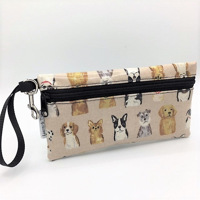 Large Wristlet in Doggies in Cream