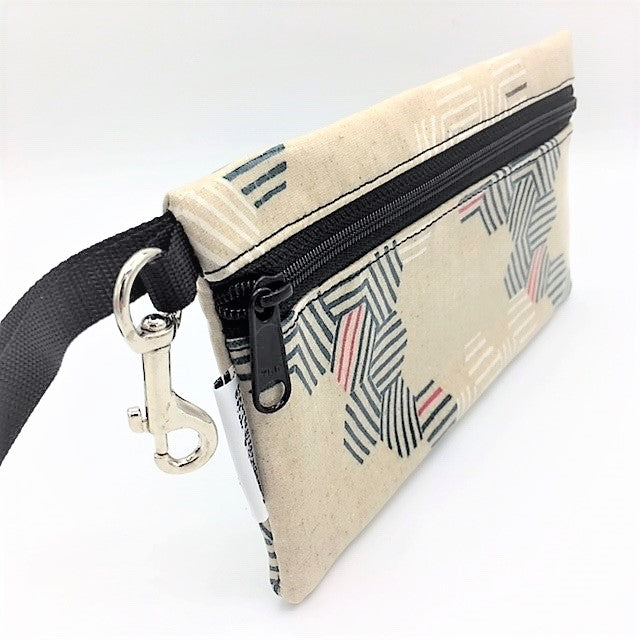 Large Wristlet in Cream Hexagon