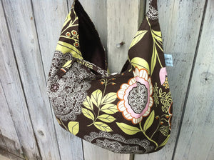 Hobo Bag in Floral Brown