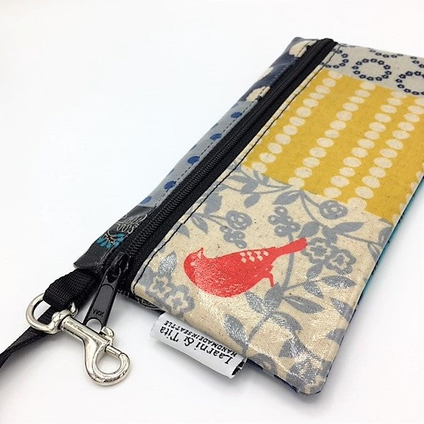 Large Wristlet in Red Bird Patchwork