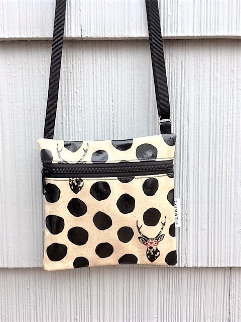 Small Travel Purse in Cream Deer with Glasses