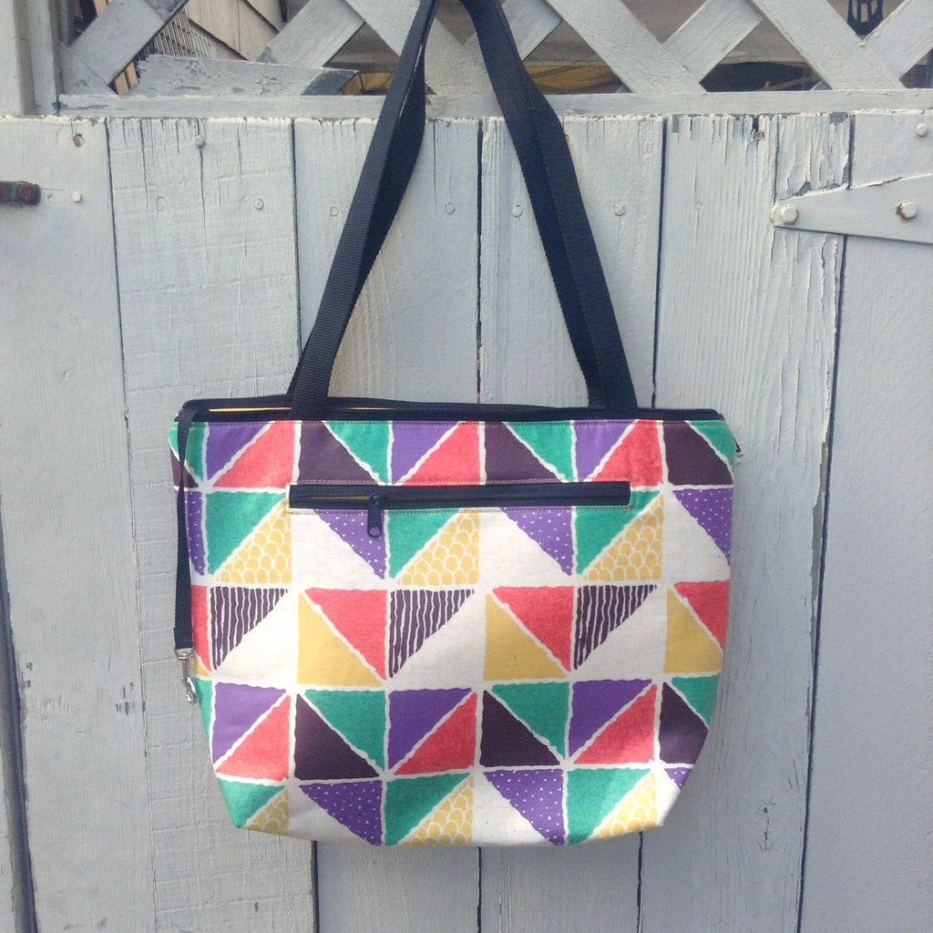 Lydia Tote in Fun Triangles