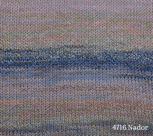 A knitted swatch of Berroco Medina in 4716 Nador