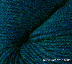 A close up of Berroco Ultra Alpaca in 6285 Oceanic Mix
