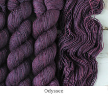 Load image into Gallery viewer, A close up of Julie Asselin Leizu DK in Odyssee