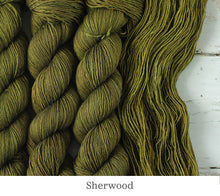 Load image into Gallery viewer, A close up of Julie Asselin Leizu DK in Sherwood