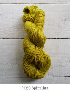 A skein of Manos Feliz in 2020 Spirulina