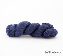 Load image into Gallery viewer, A skein of Rhichard Devrieze Fynn in In the Navy