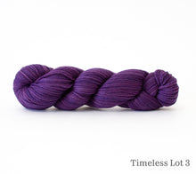 Load image into Gallery viewer, A skein of Rhichard Devrieze Fynn in Timeless Lot 3