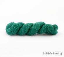 Load image into Gallery viewer, A skein of Rhichard Devrieze Peppino in British Racing