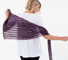 Load image into Gallery viewer, A model wearing Ossa Shawl