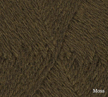 Load image into Gallery viewer, A close up of Teenie Weenie Wool in Moss