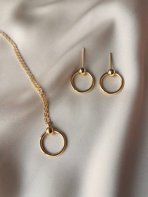 SET OF ALICIA SMALL HOOPS & NECKLACE