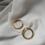 GLORIA HOOPS EARRINGS