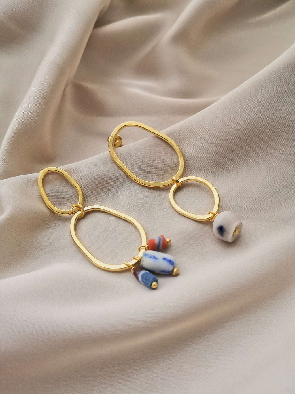 ABSTRACT GLASS HOOPS