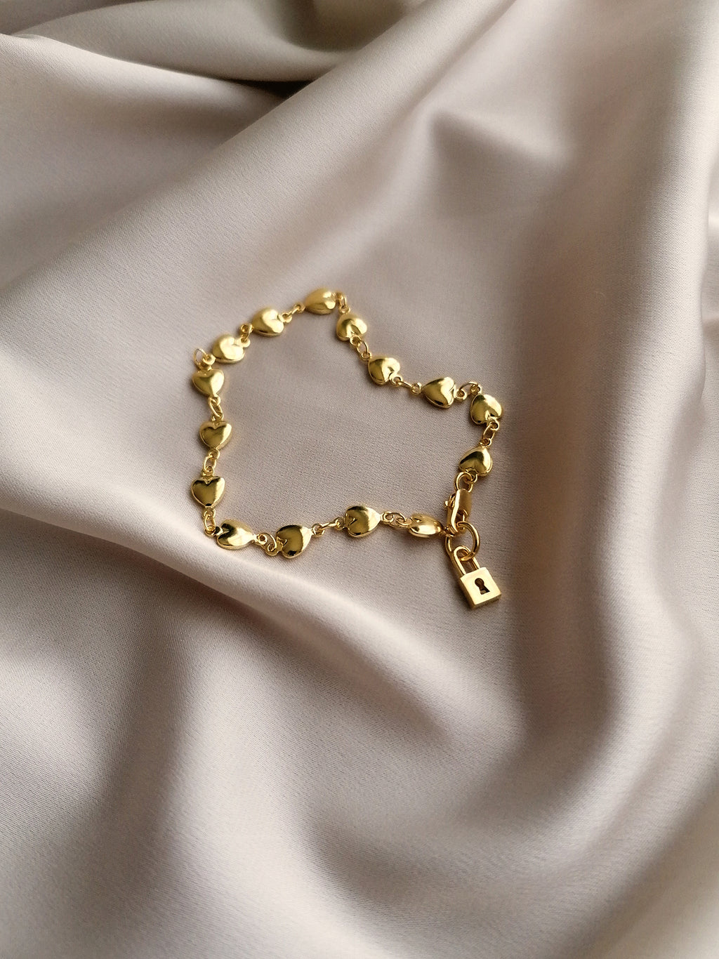 THE KEY TO MY HEART BRACELET