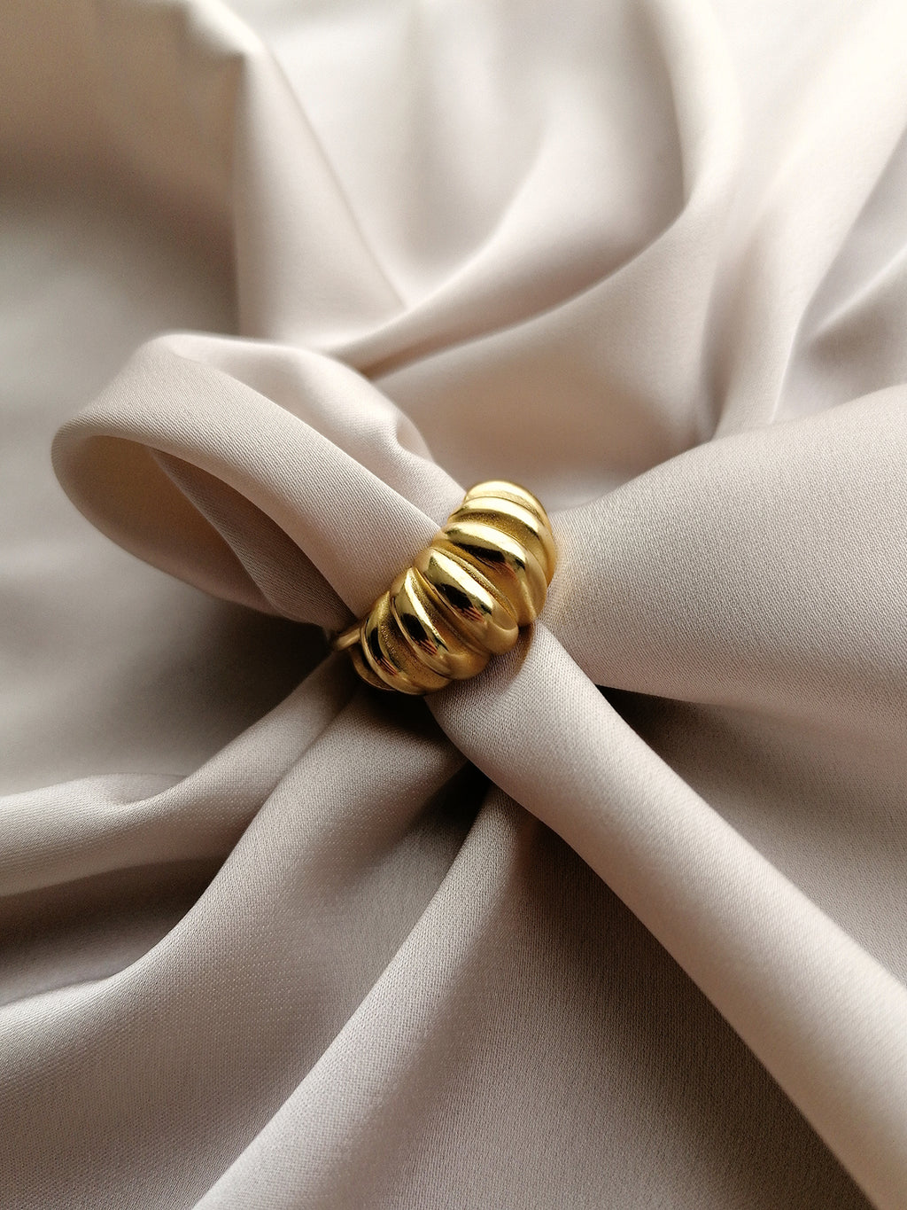 TURBAN CHUNKY RING